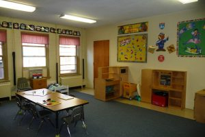 preschool pretend den